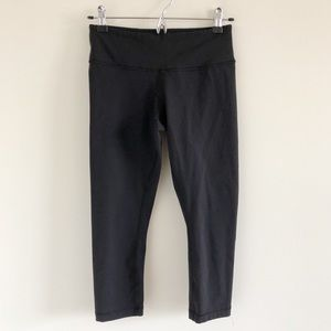 Lululemon Black Crop Leggings Size 6